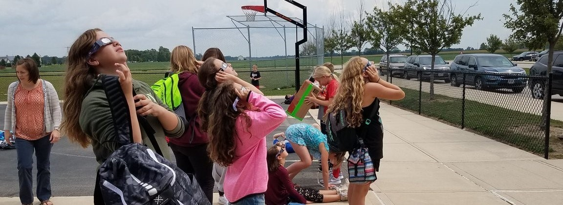 Photo of CMS students viewing the eclipse